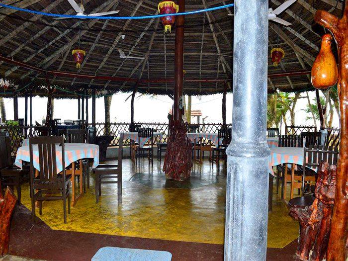 YTT Sri Lanka restaurant